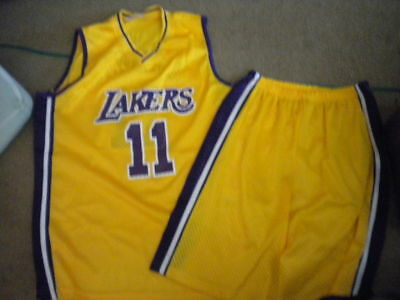 a76cc0c5dc3 NBA Los Angeles Lakers KARL MALONE #11 jersey and shorts size L large