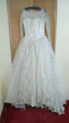 Mid-Century Antique Off White Satin/Silk/Lace/Tulle Wedding Dress size Small