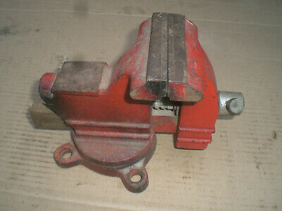 """Columbian No. 1035 Bench Vise with Swivel Base 3 1/2"""" Jaws"""