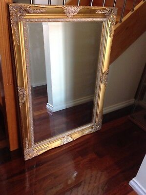 A Large Vintage Mirror in Carved Gilt Frame - Hangs Both Ways - 110 x 77cms