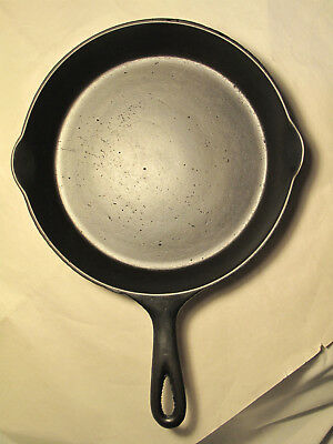 Antique No 7 Cast Iron Skillet FRY PAN RESTORED Heat Ring