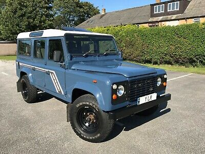 LAND ROVER DEFENDER 110 COUNTY STATION WAGON 200 Tdi ***USA EXPORTABLE*** LAND ROVER DEFENDER 110 COUNTY STATION WAGON 200 Tdi ***USA EXPORTABLE***