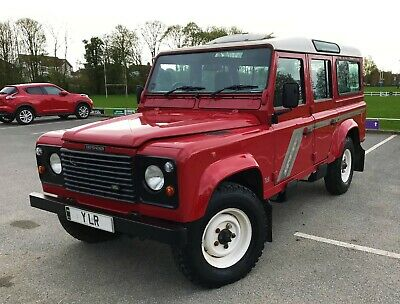 LAND ROVER DEFENDER 110 COUNTY STATION WAGON 300 Tdi 'TIME WARP' 44,000 MILES LAND ROVER DEFENDER 110 COUNTY STATION WAGON 300 Tdi 'TIME WARP' 44,000 MILES