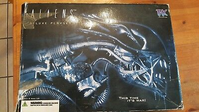 ALIENS Deluxe LV-426 Playset Tree House Kids THK 2004