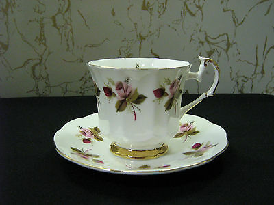 """Duchess Tea Cup and Saucer England Bone China Elizabethan Roses  """"VERY NICE"""" !"""