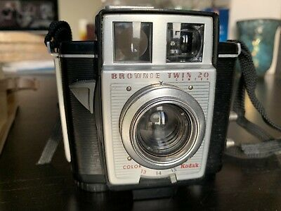 Kodak Brownie Twin 20, with case and instructions.