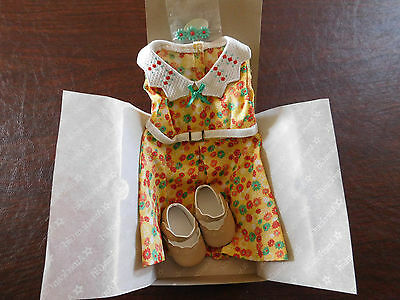 NIB ~American Girl KIT'S FLORAL PRINT DRESS~ Complete with Shoes & Barrette NEW