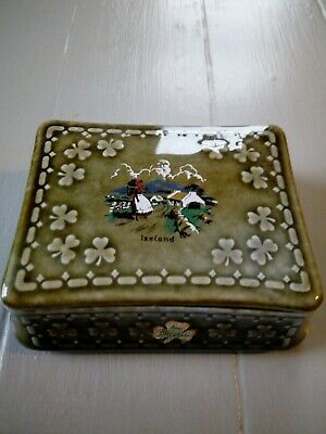 Rare Vintage Irish Porcelain Wade Co Armagh Trinket Dish with Lid Country Scene