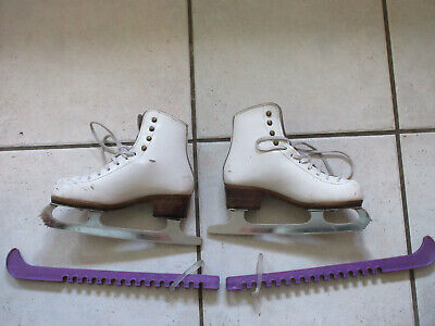 Ladies White Ice Skates size 2, with bag and blade protectors