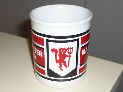Manchester United mug : Rare vintage  c1980's Red Devil badge