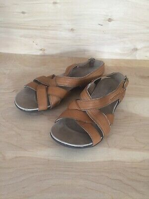 6c9c7a22abed Merrell Bassoon Brown Leather Slingback Performance Sandals Women s Size US  7