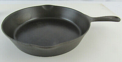 Rare Antique Wapak #8 Cast Iron Skillet Pan Heat Ring Marked Ghost Marks