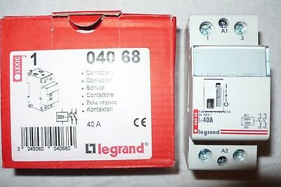 Contacteur 2 Poles 40 Amperes Legrand 04068, 2 Contacts Fermeture No, Bob. 220V