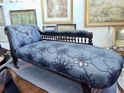 Lovely Antique Edwardian Mahogany Carved Chaise Longue On Castors.new Upholstery
