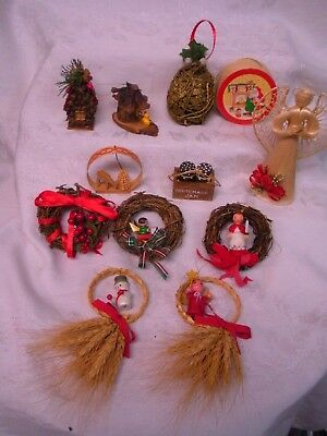 Vintage Wood Rustic Christmas Ornaments Cabin Decor Pine Cone Straw Vine String