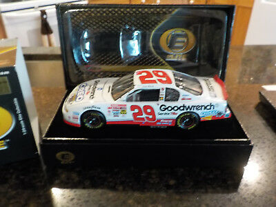 Kevin Harvick #29 Gm Goodwrench Service Plus Oreo Show Car 2001 Elite Rookie Yr