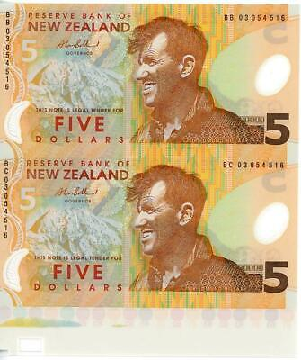 Uncut Pair of New Zealand Polymer $5.00 Banknotes UNC