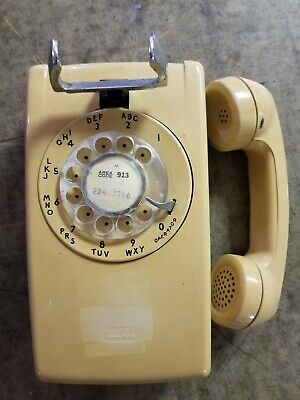 Vtg wall rotary phone almond/tan/off white Bell System Western Electric  554 bmp
