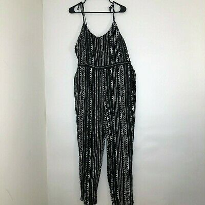 19ba96f08fa CUPCAKES AND CASHMERE Bellamy Tiered Jumpsuit Sz M -  19.99