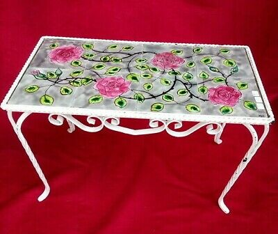 Pretty coffee table iron with tile decor de roses