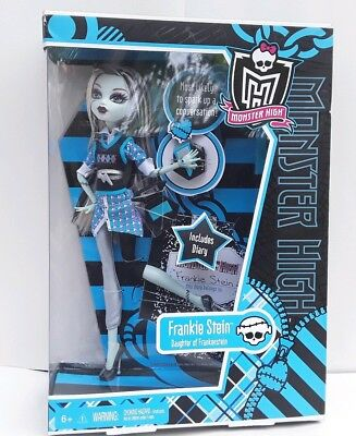 FRANKIE STEIN Schools Out Monster High Doll  New in Box Mattel