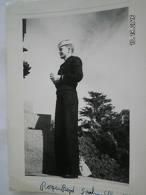 "OCTOBER 1943  WWll  NAVY MAN  LOOKING OFF   4"""" WIDE 5 1/2 "" TALL"