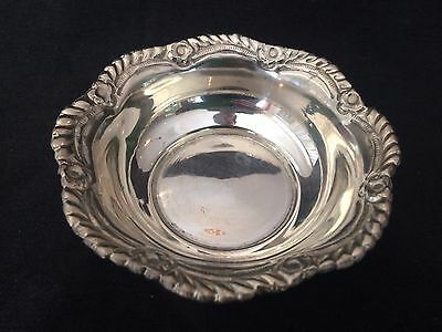 VINTAGE 10.5cm DIA STERLING SILVER NUT DISH ETCHED MP TO BASE APPROX 41gm