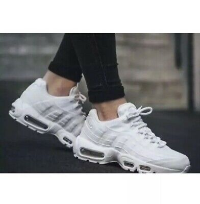 sale retailer 6304f 02201 Womens Nike Air Max 95 OG Triple White Trainers Uk 6 EU 40 BRAND NEW