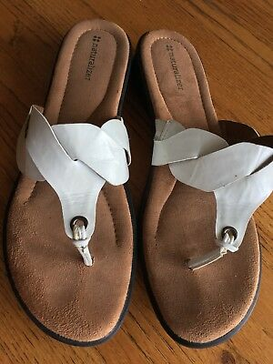 NATURALIZER WHITE SANDALS Thong Leather Slip On Women s Size 11 EUC ... 7a661e592