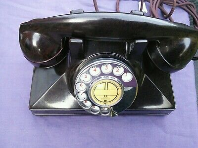 1940s CANADIAN MOTTLED BAKELITE ART DECO TELEPHONE. RARE.