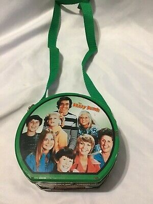 Rare Collectible Brady Bunch Tin Purse / Container With Strap