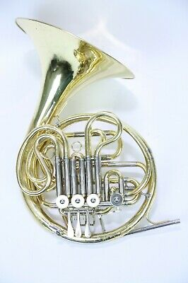 Yamaha YHR-561 F/Bb-Double French Horn