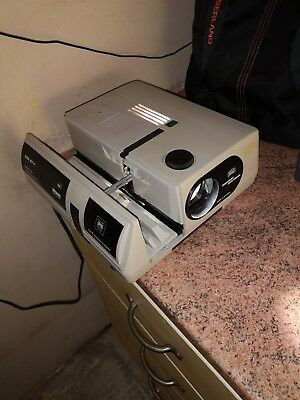 Braun Paximat Multimag 250 AF-I Slide Projector