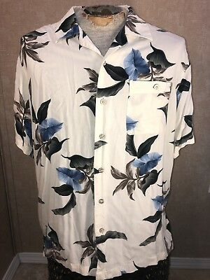 6b54979d David Taylor Collection White Hawaiian Shirt S/S Button Down Rayon Men's  Size L