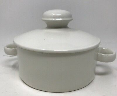 Midwinter STONEHENGE WHITE - Casserole dish w/lid Wedgewood Made in England MCM