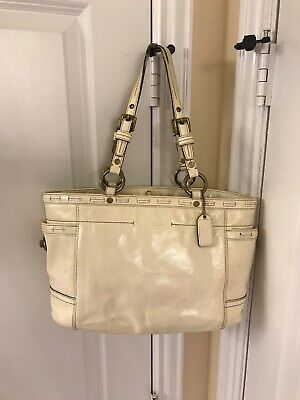52227e8928 Coach HandBag Beige Ivory OffWhite Leather Brass Hardware Satchel Tote Purse