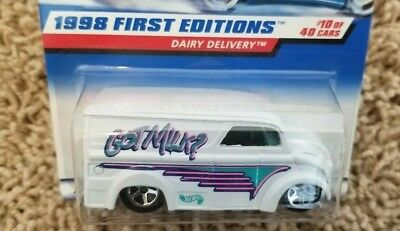 Hot Wheels 1998 First Editions Dairy Delivery MINT CAR FROM DEALERS CASE