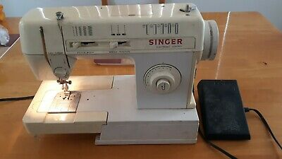 Vintage Singer Merrit Sewing Machine Model No. 3314C W