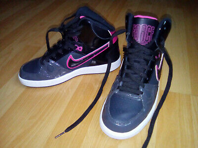 873667d5b3b7f Baskets montantes Nike Force noir quasi neuves impeccables pointure 39