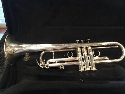 Holton Maynard Ferguson ST550s silver trumpet with case!