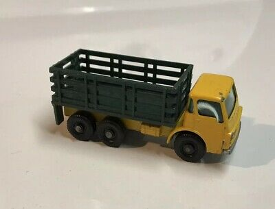 Matchbox Lesney #4 Stake Truck Green And Yellow Diecast Model Free Shipping