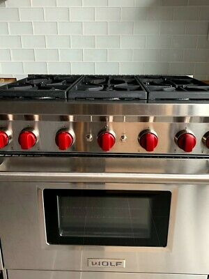 Wolf 36 Gas Range >> Wolf 36 Gas Range 6 Burners Convection Oven Excellent