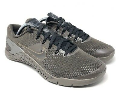 da56440c2b8e7 Nike Metcon 4 Viking Quest Cross Trainers Ridgerock Metallic Pewter Size 9.5