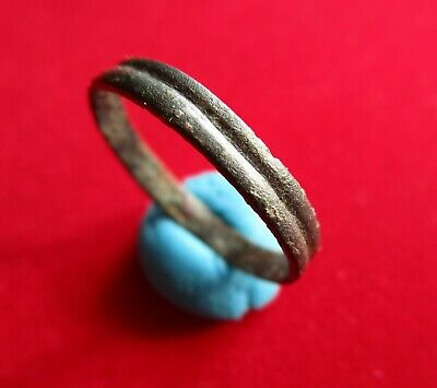 Ancient Roman bronze wedding ring - band . decorated with stripes . circa 200 AD