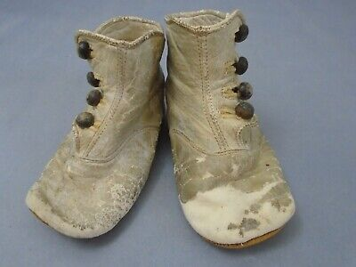 """d80e93afc9e9e ANTIQUE 1900'S WHITE Leather Child/Doll shoes 4.5"""" long, good for a large  doll"""
