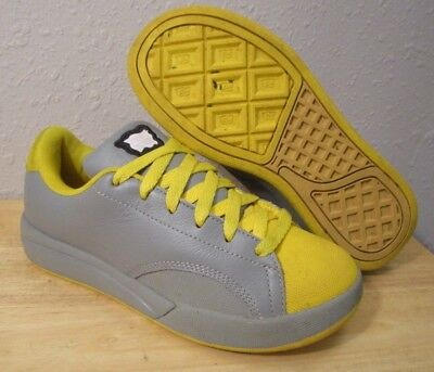 RARE Ice Cream Reebok BBC Billionaire Boys Club Pharrell Grey Yellow Shoes  sz 4 e7eead3d2