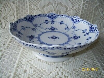 Royal Copenhagen Blue Fluted, Half Lace, Footed, Round Compote, #511, *mint