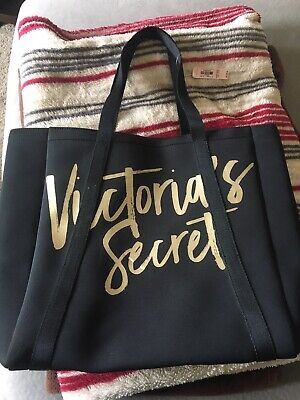 6edb7d5896 Victorias Secret Beach Cooler Insulated Tote Bag Black Gold 2017 Nwt  75  Value