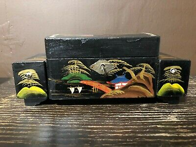 Beautiful Chinese Oriental Vintage Black Lacquer Jewellery Box with key
