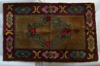 """Antique - Early 20th century Canadian hook rug - 38¼"""" x 24"""""""